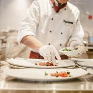 ama chef plating